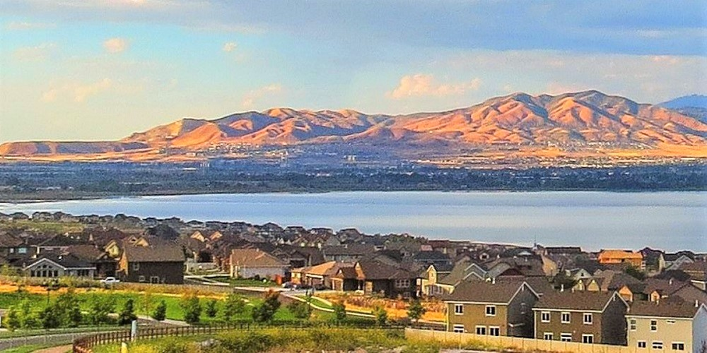 Mulch, Compost, Soil, and Rock Landscaping Materials Delivery Service to Saratoga Springs, Utah